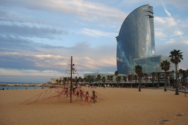 W-Hotel-Barcelona-La-Vela